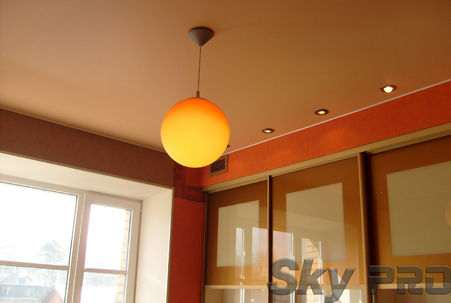 матовые натяжные потолки цвета